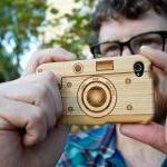 Laser-Engraved Wood iPhone Case Resembling a Camera(light color-for iphone 4/4s)